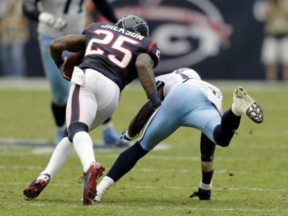 Texans Blowout Titans 38-14 to Push Undefeated Mark to 4-0